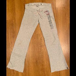 Abercrombie Grey Logo Bootcut Sweatpants Juniors M